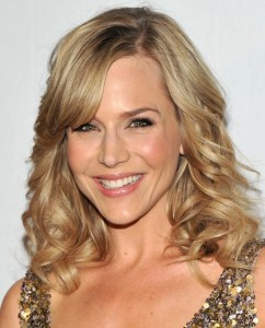 julie-benz