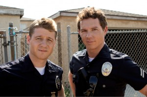Southland 4_401_16_Ben McKenzie Shawn Hatosy_PH Doug Hyun_21853_001_1531_R