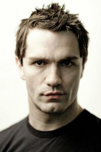"Sam Witwer talks SyFy's ""Being Human"" & voicing Darth Maul in ""Star Wars: The Clone Wars"""