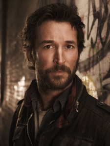"Noah Wyle reflects on Season Two of TNT's ""Falling Skies"""